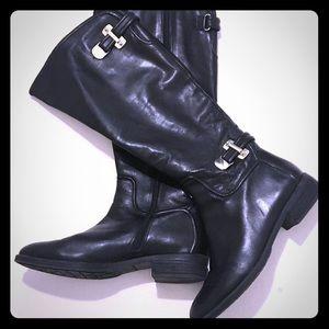 Antonio Melani Ladies black leather boots.